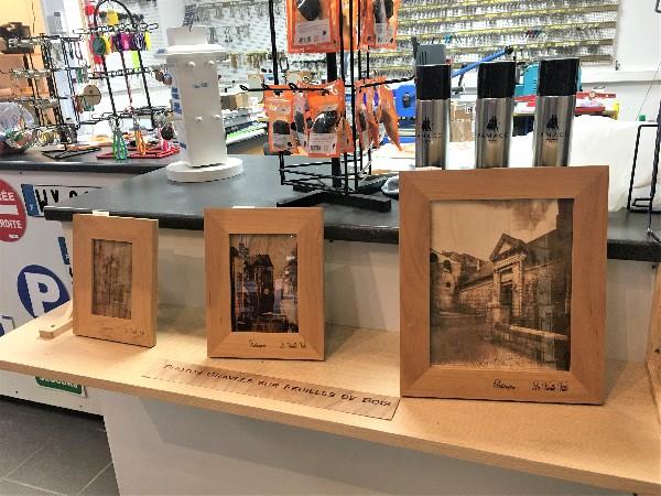 Gravure laser de photos sur cadre en bois